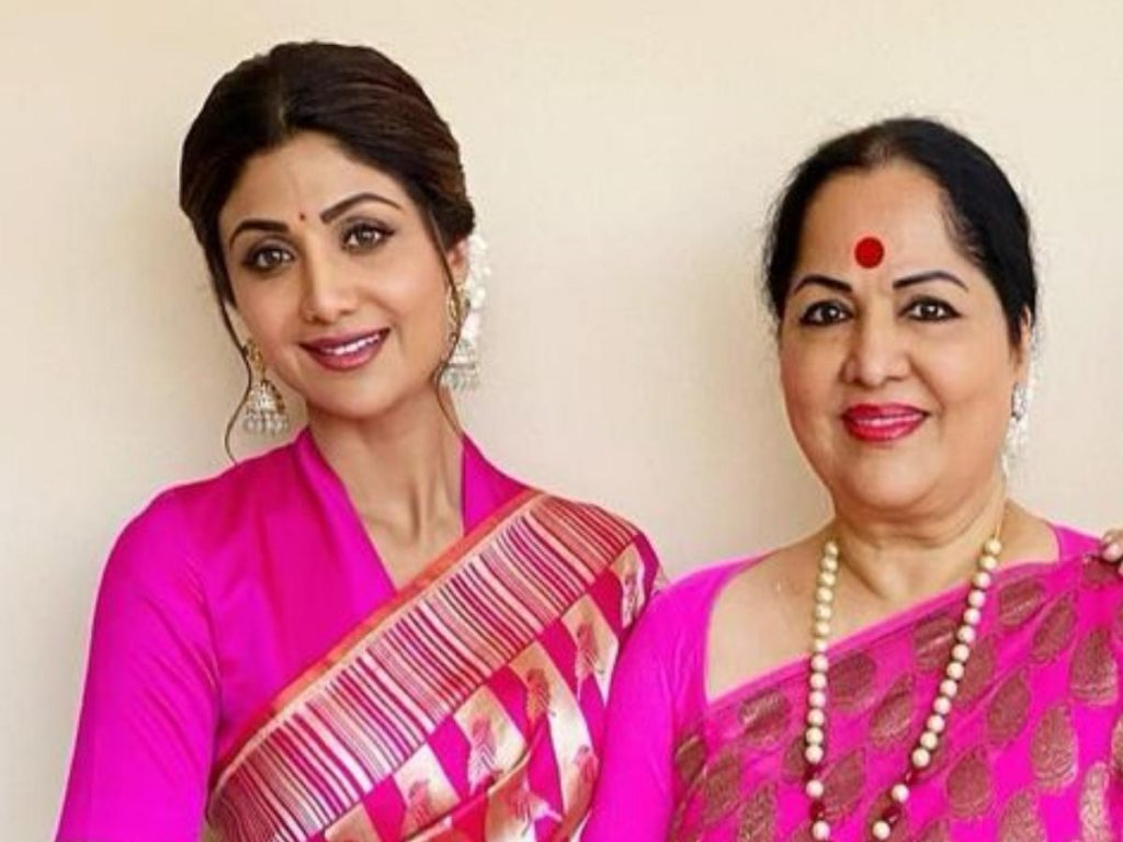 Actress Shilpa Shetty and mother Sunanda Shetty alleged for fraud in Lucknow